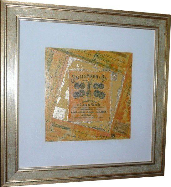 Collages de vieux papiers, ces compositions sont souvent ré-haussées à l'acrylique, à l'encre et toujours avec des fragments de feuilles d'or.Elles sont toujours encadrées.
