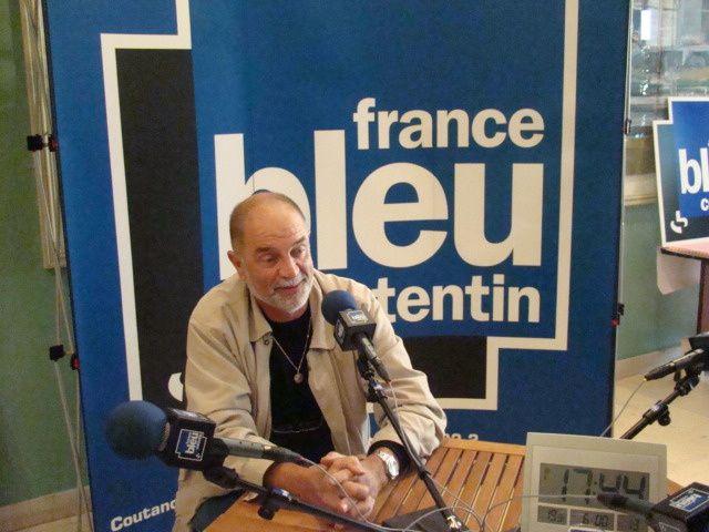 Durant le spectaculaire direct de France Bleu Cotentin de 16h à 19h le vendredi 23 octobre, la journaliste Brigitte Pelletier a saisi quelques moments ! Merci à toute l'équipe de France Bleu.