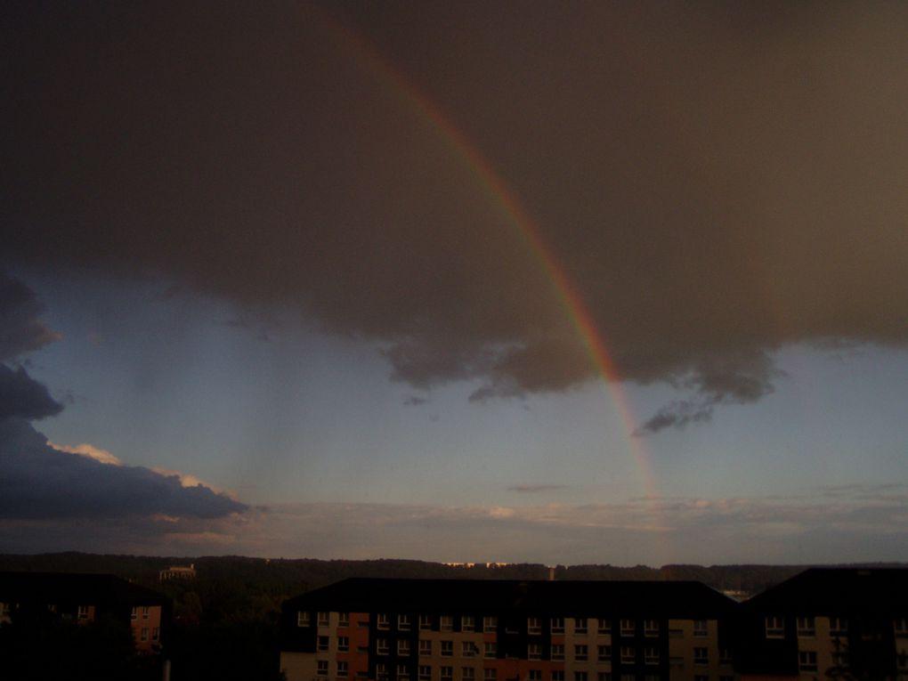 photos d'éclairs, arcs en ciels et autres nuages et phénomènes atmosphériques