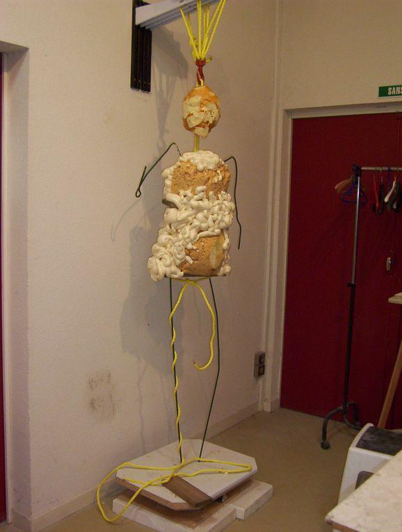 creation d'une sculpture de deux metres de haut pour une niche