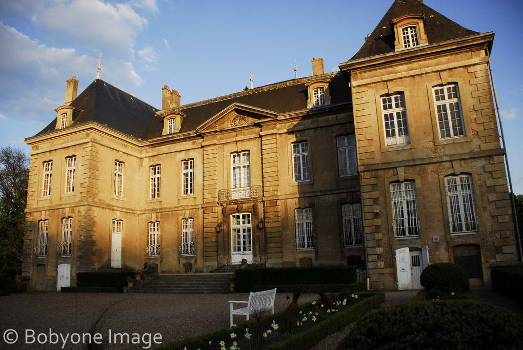 Animations d'escrime artistique en soirée pour l'ouverture de saison du Château de LaGrange à Manom(57).