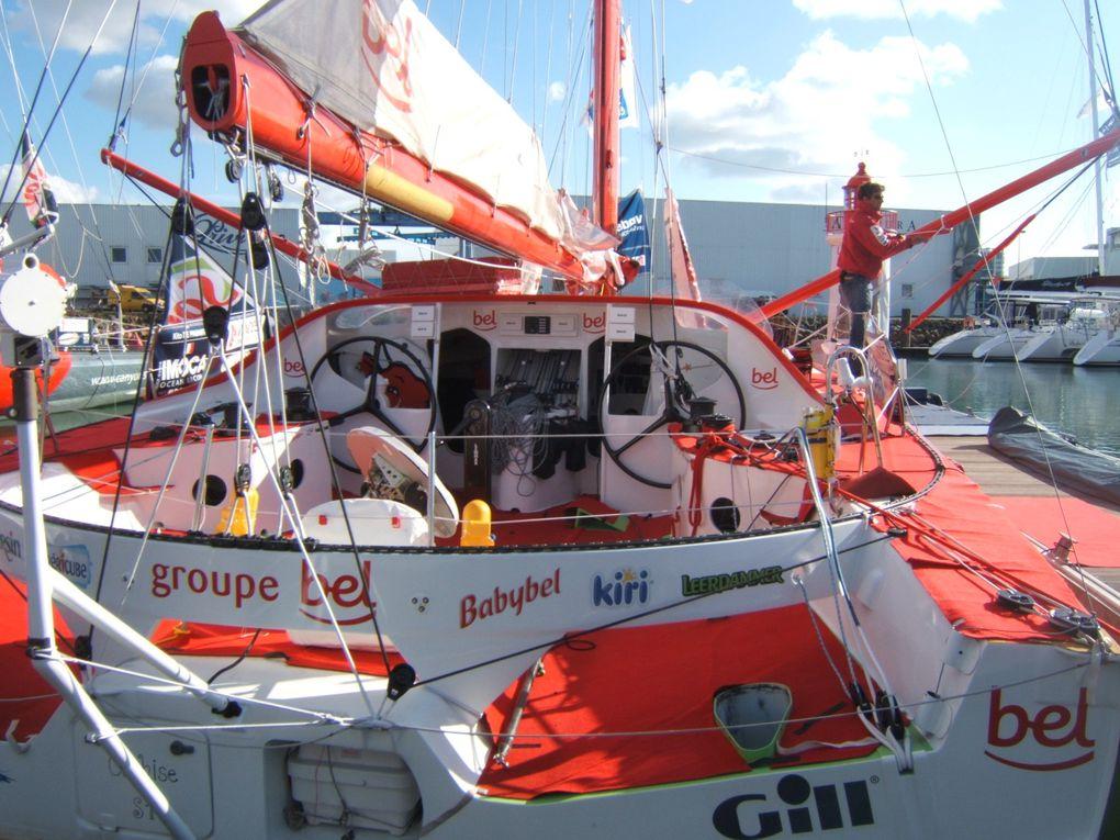 Préparation des bateaux du vendée globe aux Sables d'Olonne.