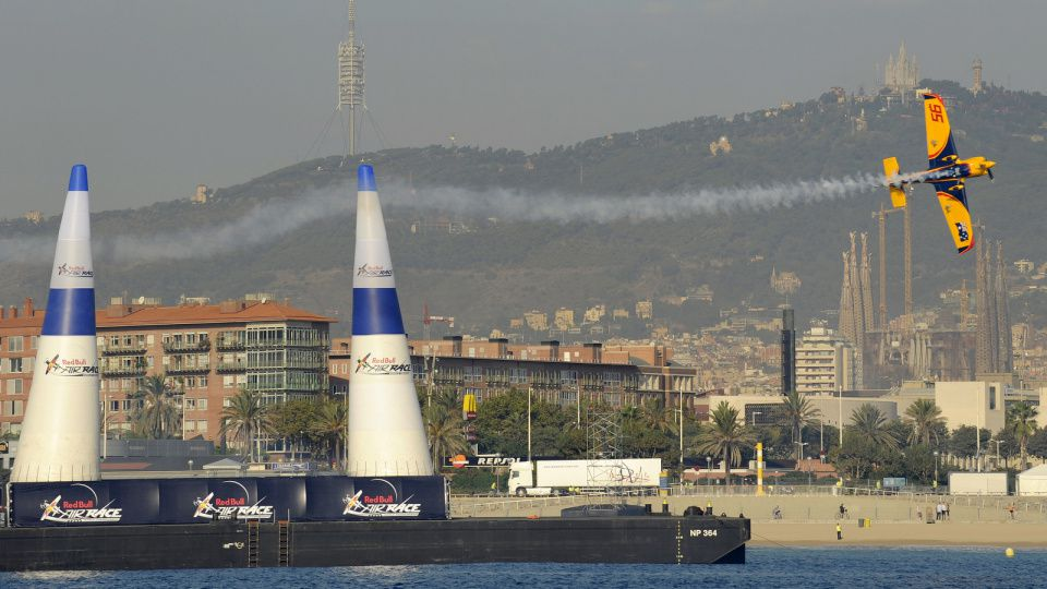 RED BULL Red-Bull-Air-Race-Barcelone-2009.