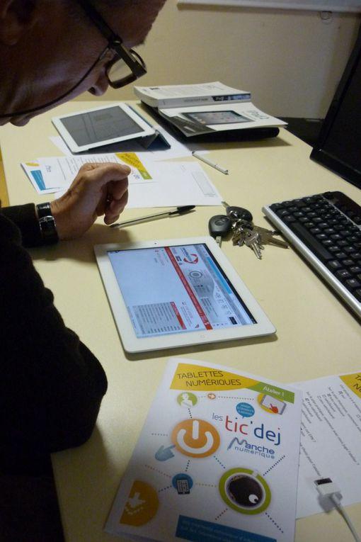 atelier proposé par Manche Numérique (Véronique Bidan) à destination des Elus du canton de Duceydécouverte des usages des tablettes tactiles