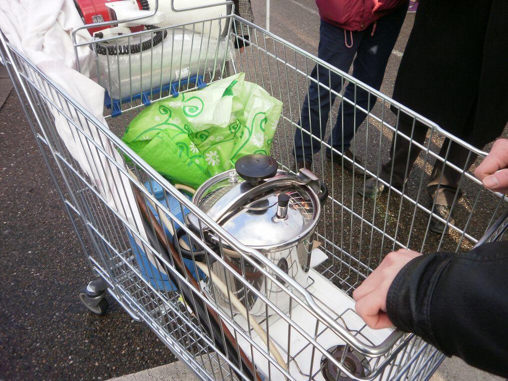 Tractage et distribution de vin chaud sur le marché de Ligny en Barrois le 30/12/2011