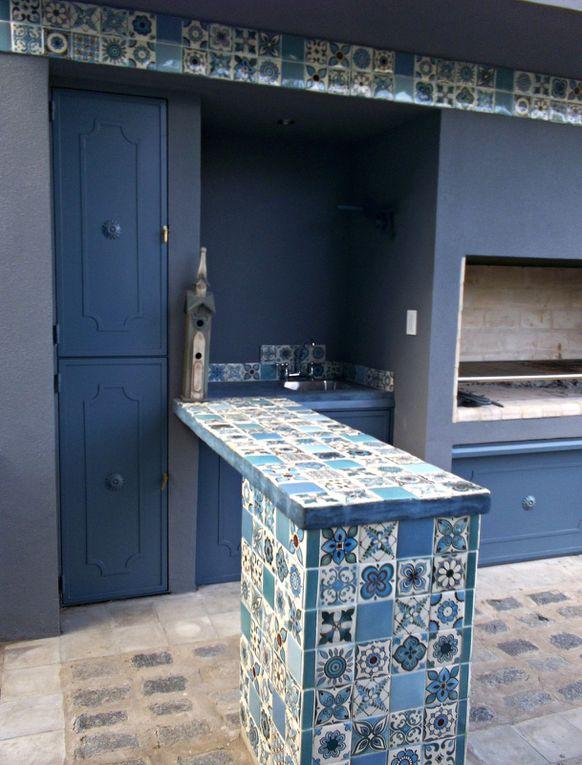 Ideas para llevar a cabo con azulejos decorados y elaborados a mano. Muestras.