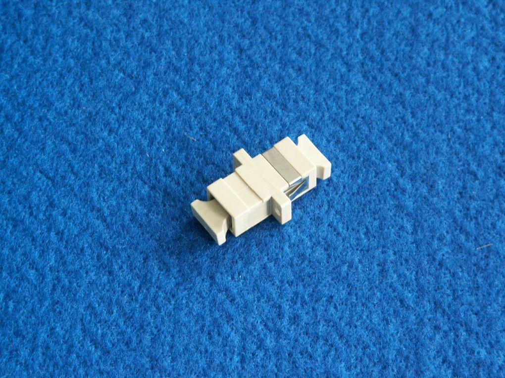 raccordement connecteurs fibre optique