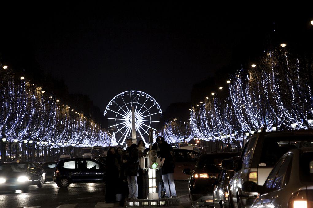 illuminations diverses de fin d'année, dans Paris et à Montrouge.