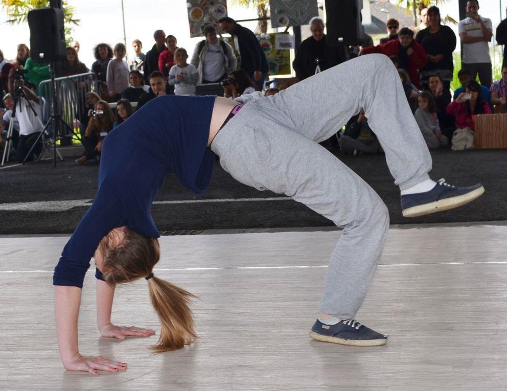Break-dancers en herbe, et graph de Tome en live.