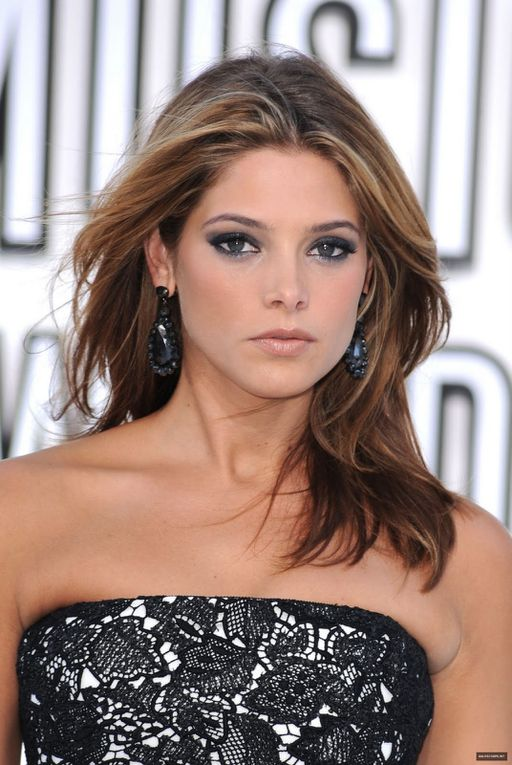 Album - Ashley-Greene-2