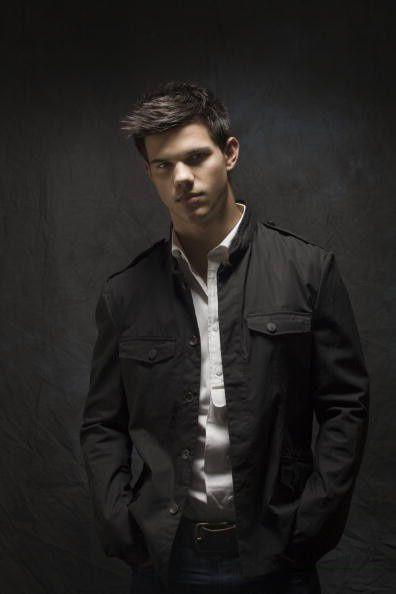 Album - Taylor-Lautner
