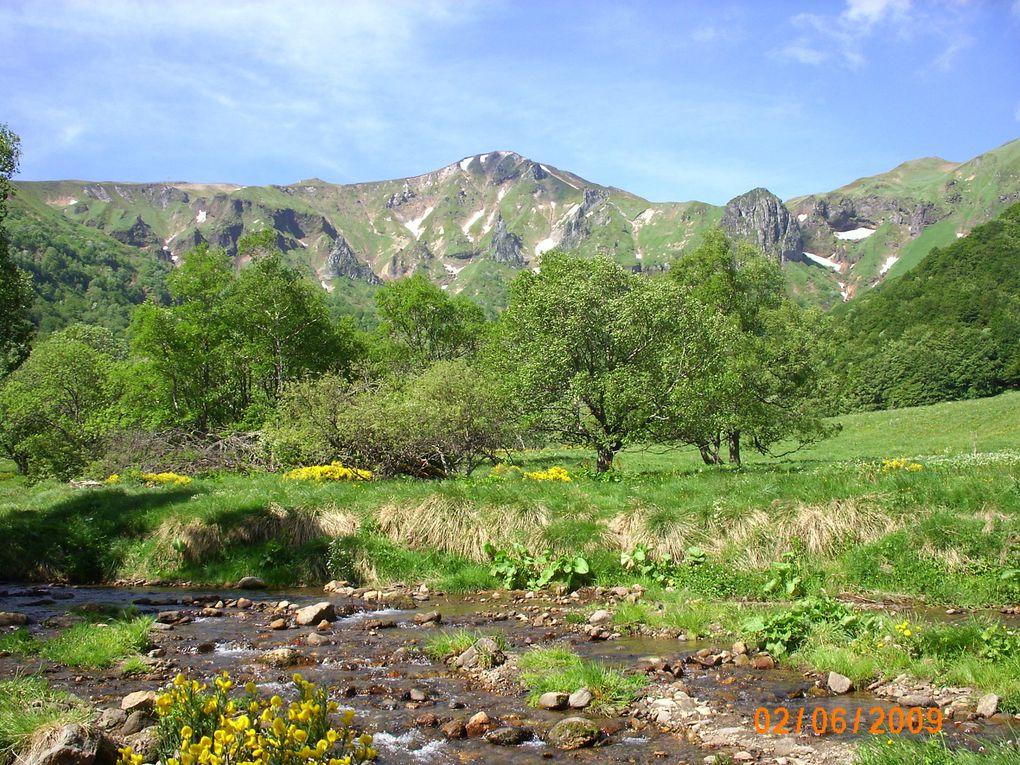 Auvergne Sancy  Vallée de Chaudefour et les Puys de La Vache et Lassolas