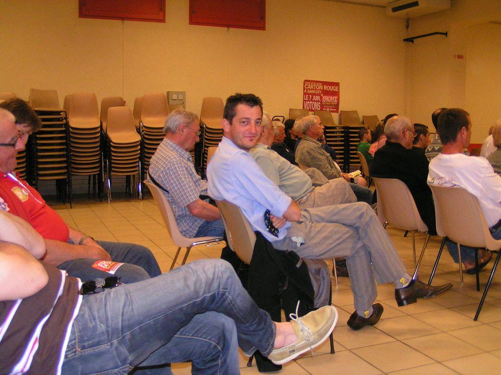 Réunion à Porte-les-Valence avec le maire et candidat FDG Pierre Trapier.