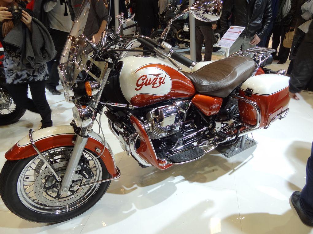 9 Motards à la Noix en vadrouille à Paris pour le Salon de Novembre 2011