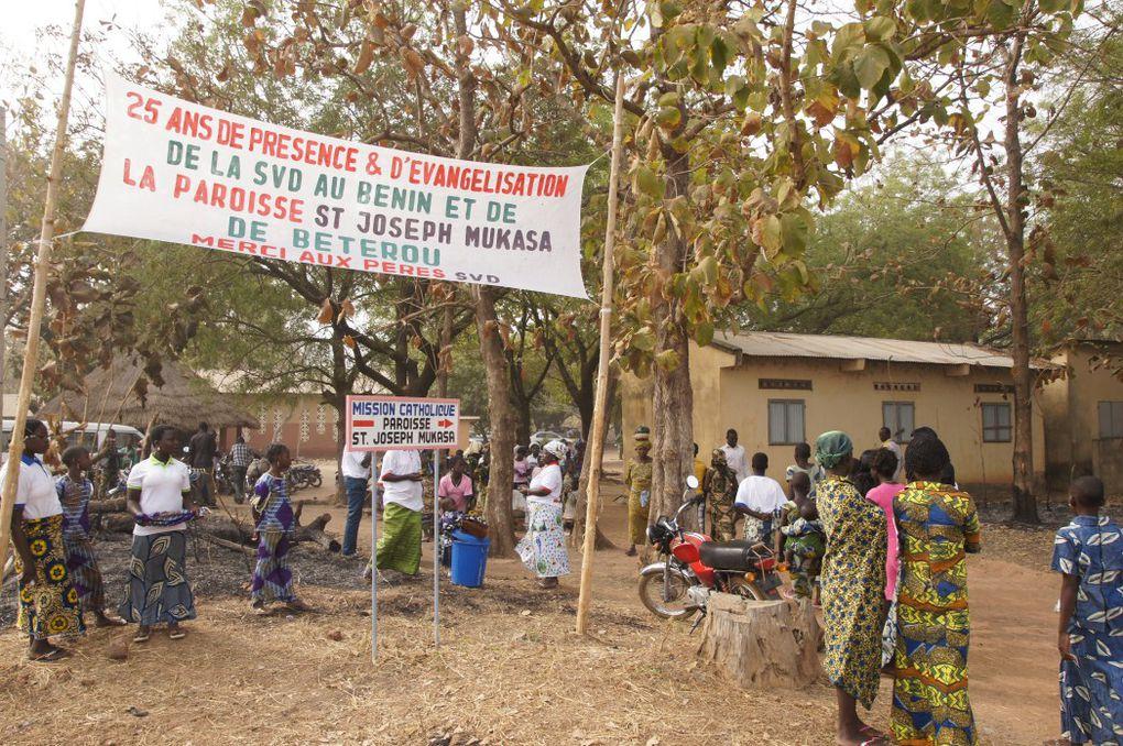 Jubilé d'Argent de la présence SVD au Bénin. La célébration du Jubilé à Bétérou, dans le diocèse de Parakou, nord du Bénin