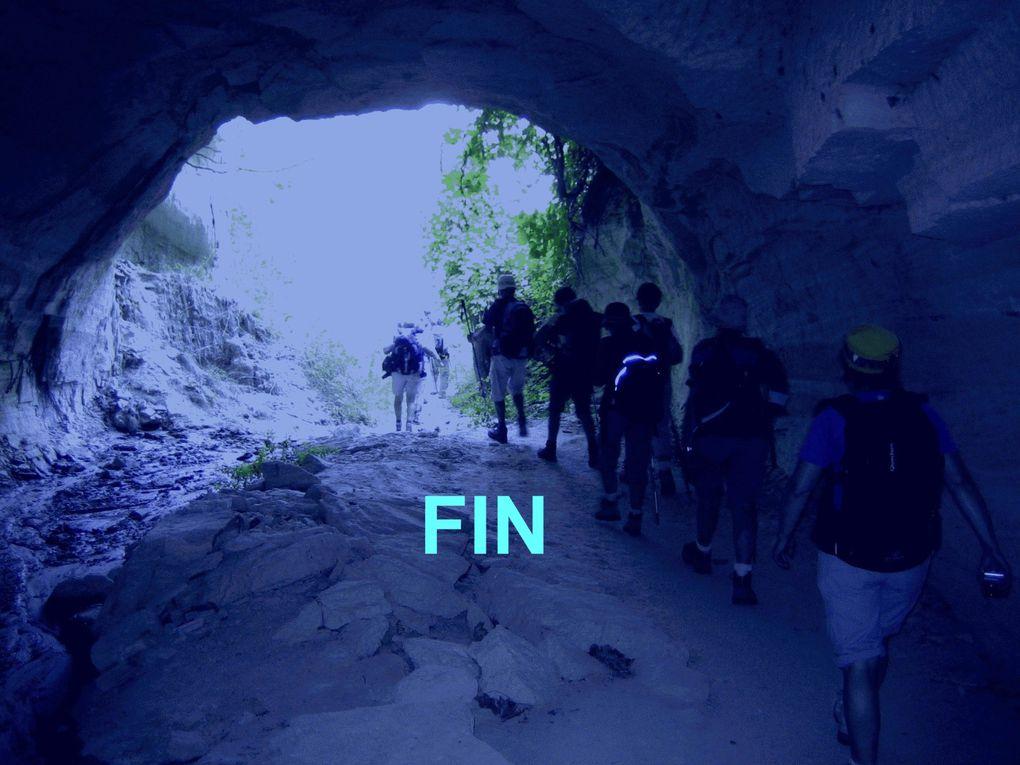 Des souvenirs féériques de cette randonnée dans ce site unique.Des couleurs superbes de paysages à couper le souffle !!!Le carnet de voyage est visible sur le lien : http://kosinski.free.fr/Carnet%20de%20voyage%20en%20Cappadoce/index.html