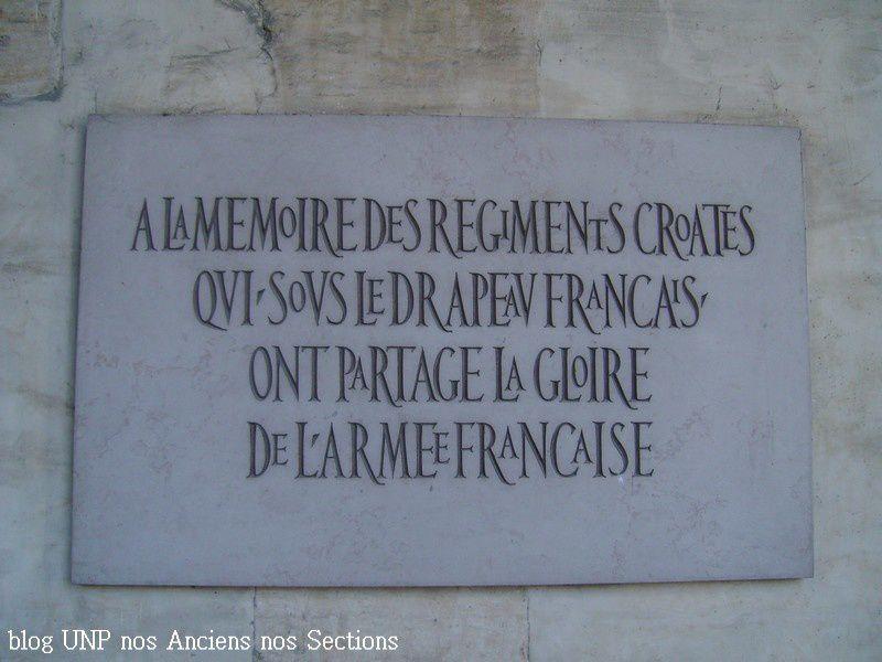 Album - Monuments-Memorials