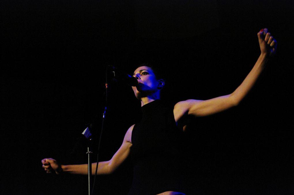 Photos : Laëtitia Havrez. Cabaret féministe - Festival de L'Ébranleuse - La Chapelle (Toulouse) - Vendredi 8 juin 2012