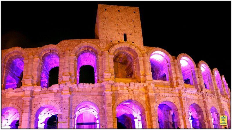 L'Amphithéâtre d'Arles dans tous ses éclats ... Mise en lumière des arènes en décembre 2013
