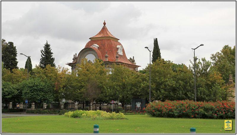"""Voyage du Cercle Taurin Nîmois à Séville """"San Miguel"""" - Dimanche 29 septembre 2013 Promenade et visite en calèche au Parc de Mria Louisa"""