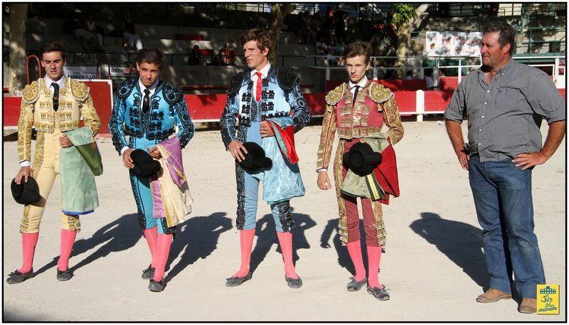 Becerrada Internationale avec 4 becerros des Héritiers de François André (Frédéric Lautier) pour Fernando florès (ET Badajoz), Maxime Solera (ET Arles), Ginès Marin (ET Badajoz) et El Diego (CNT Nîmes)