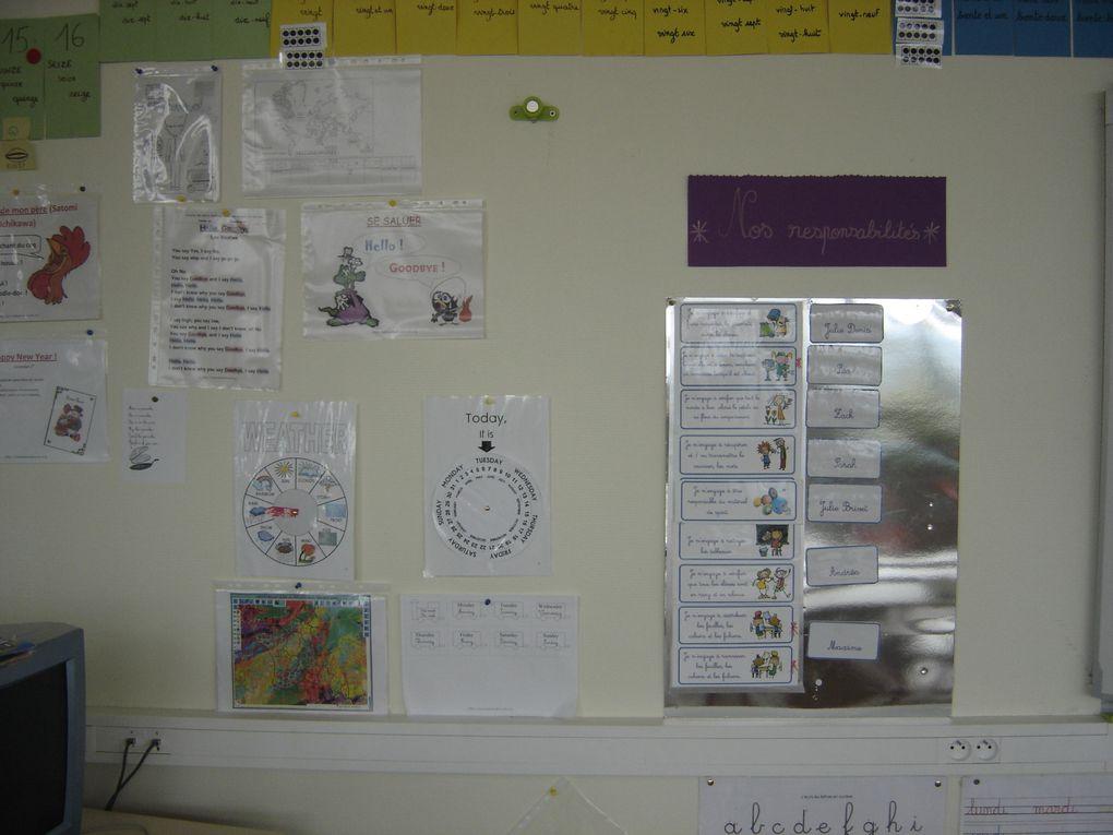 Quelques photos de ma classe pour donner un exemple d'affichages et de configuration... Album qui sera complété...
