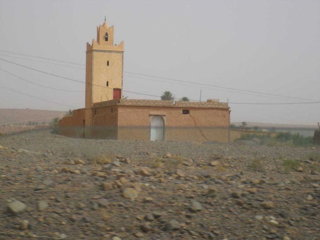 zagora ouarzazate agdz marrakech maroc tradition desert draa palmiers oasis montagne sud maroc atlas