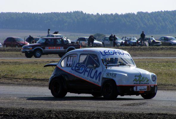 Imagenes Aficcionado - TC 850 - Formula Entrerriana - TC Pista Entrerriano - Turismo Pista Entrerriano 1600 Concepcion del Uruguay 13 y 14 de Junio de 2009