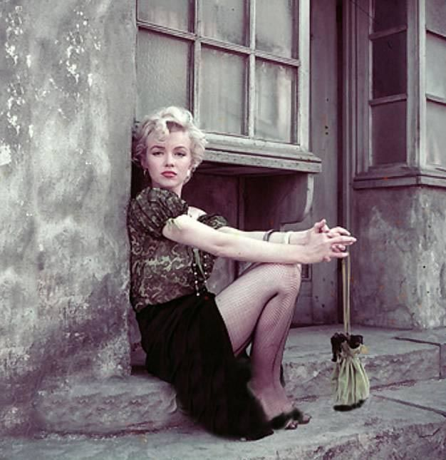Par Milton Greene 1954