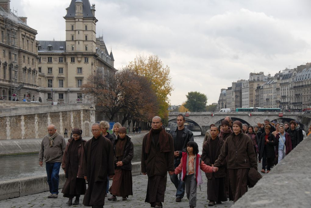 Photo Album - marche-a-Paris