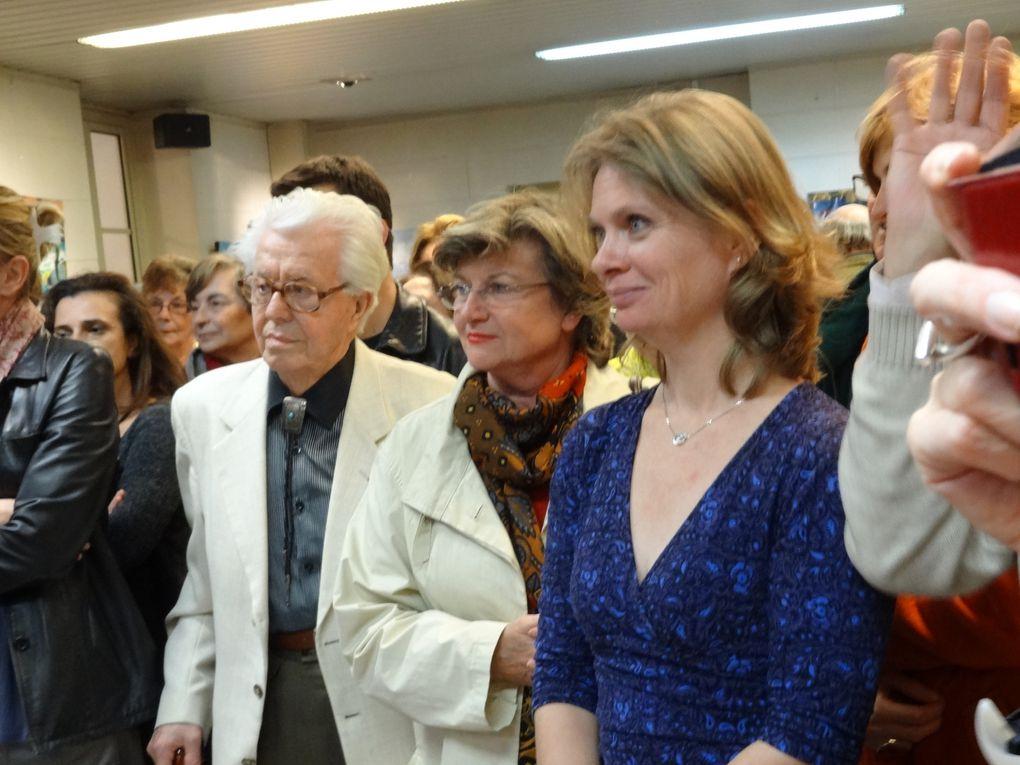 L'association Arts et Artistes à Montgeron (AAM) promeut les arts et les artistes et nous permet de découvrir des talents confirmés.Du 8 au 24 novembre 2013