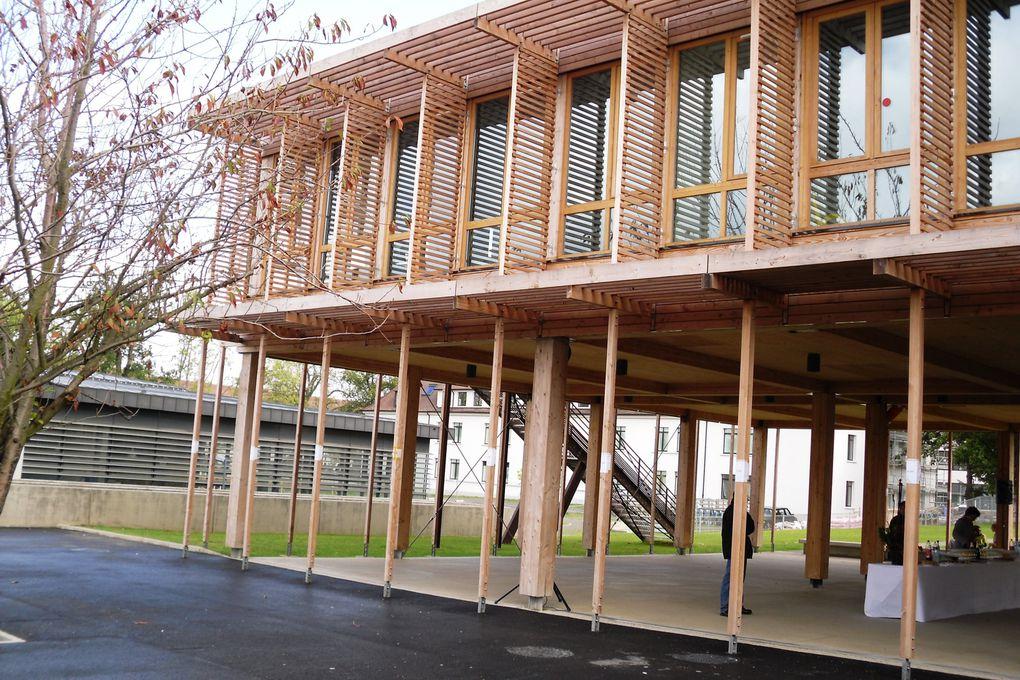 Premier établissement construit en bois du département .