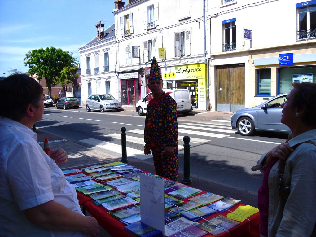 Visite à l'occasion des portes ouvertes du 7 mai 2011 . Animations par l'association .