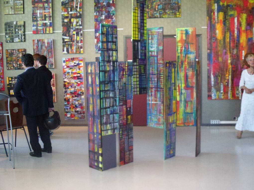 "Exposition ""la ville"" de Georges BEAUGEARD (photographe)etCatherine LANDRAUD (peintre).Carré d'artmercredi 1er au samedi 19 juin"