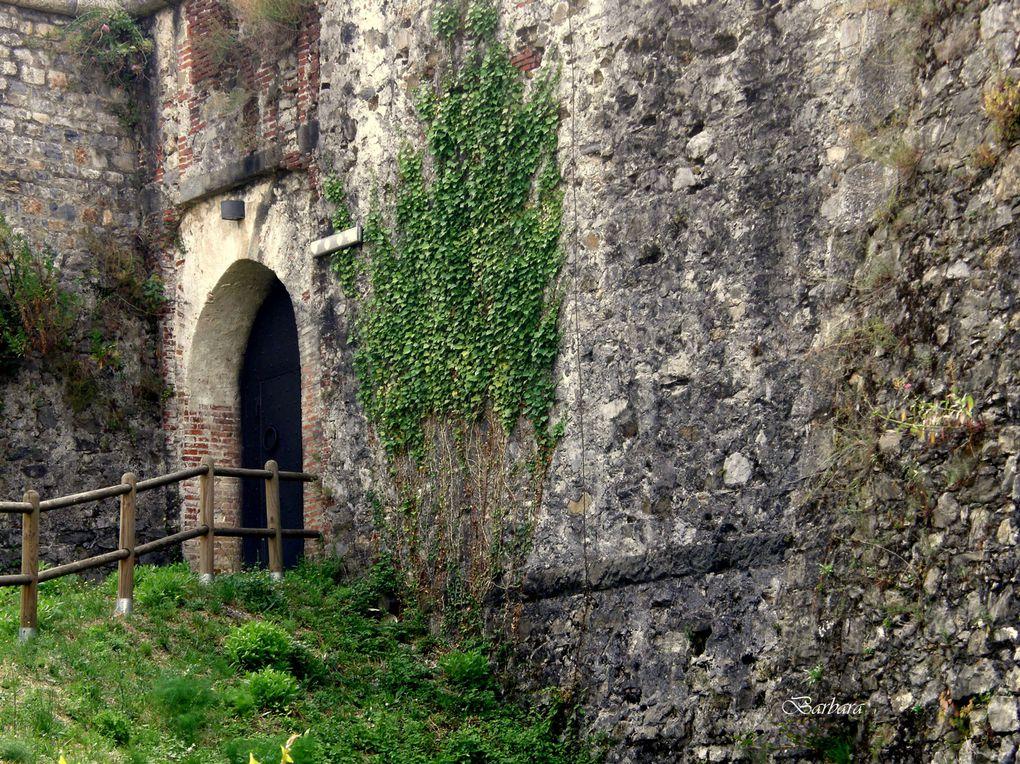 Il Castello e il suo inquietante guardiano