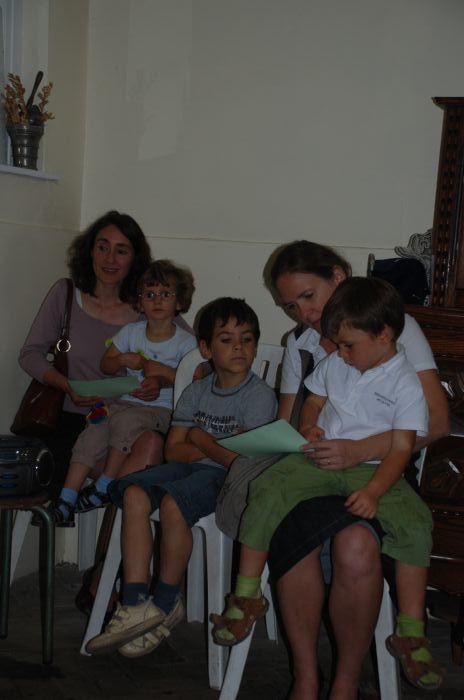 Le 22/9/2009, parents, enfants et catéchistes se sont retrouvés à l'église du Sacré Coeur pour lancer la nouvelle année de caté !