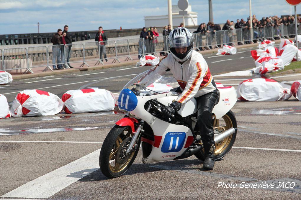 1-er-BALNEO-CAFE-RACER-DAYS-DIEPPE, cote d'albatre (76)Démonstration, motos et side car anciens de course par RICKET RACER