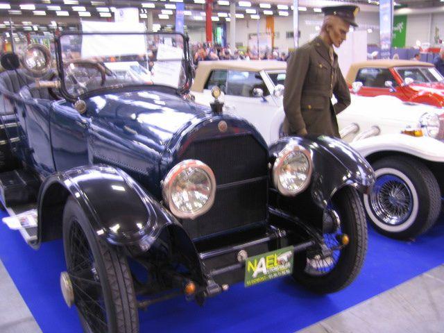 AUTOMEDON-2012Exposition voiture et motos anciennes Le Bourget