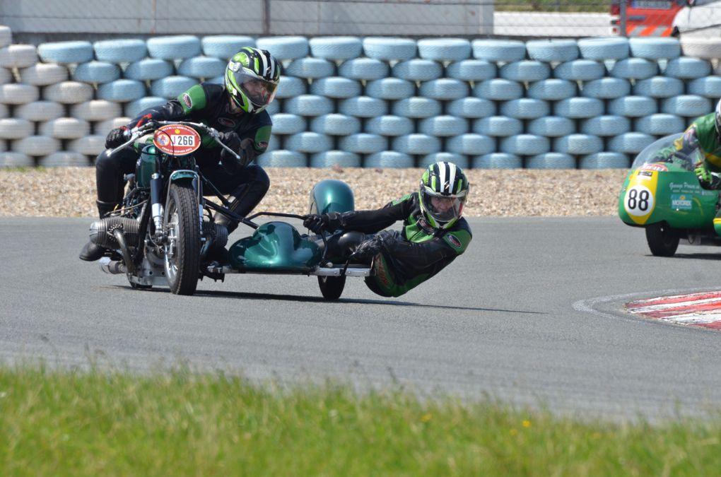 Photos CAIMAN 2013 croix en Ternoisjournées de la moto classique, Démonstration Motos et sides car de course