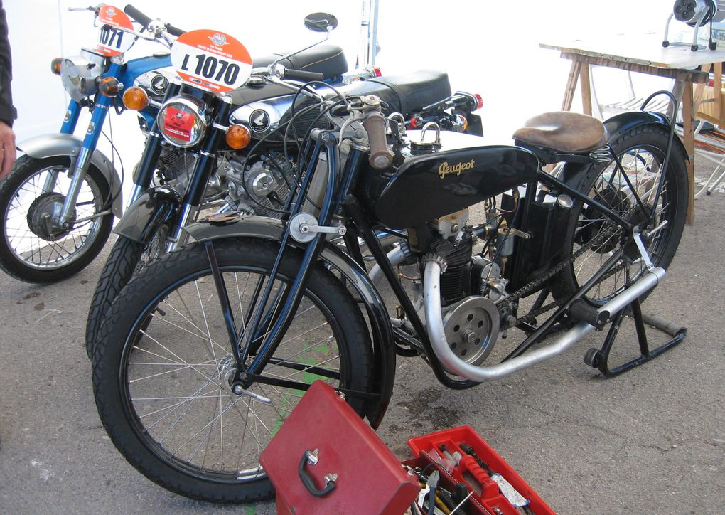 Coupes moto légende 2009Dijon-Prenois chapitre II