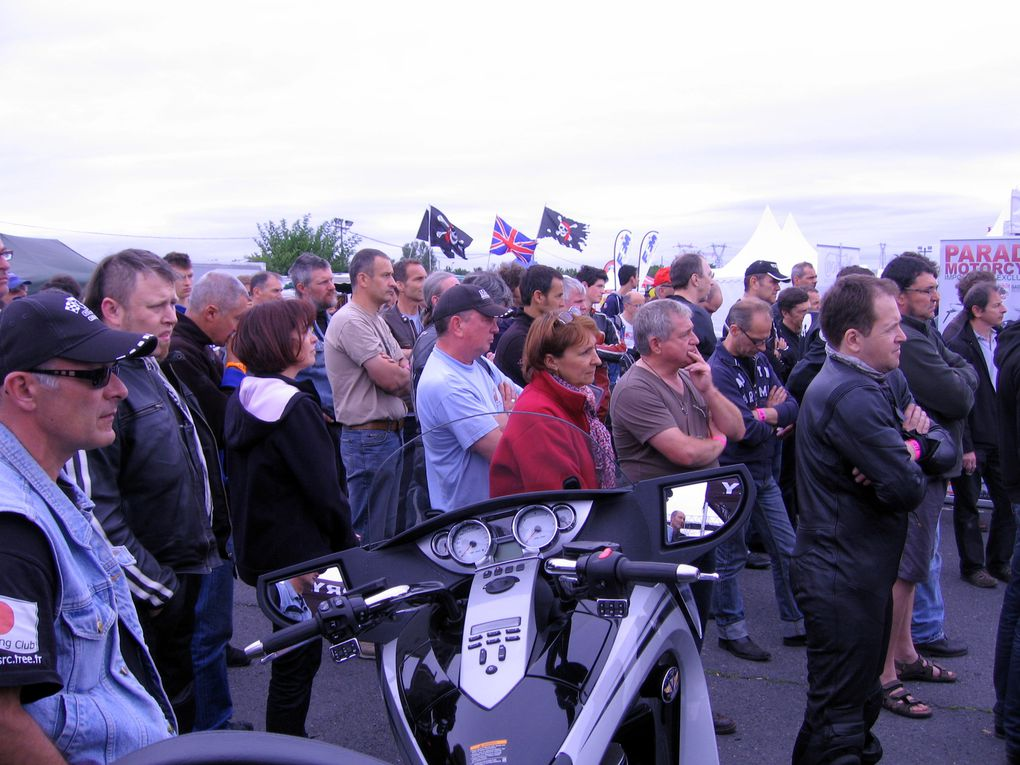 IRON BIKERS 2011 photos Paddocks