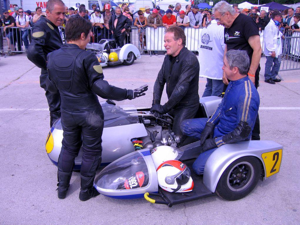 Photos Coupes Moto Legende 2011-2 Dijon Prenoisdémonstrations motos et side car anciens sur piste