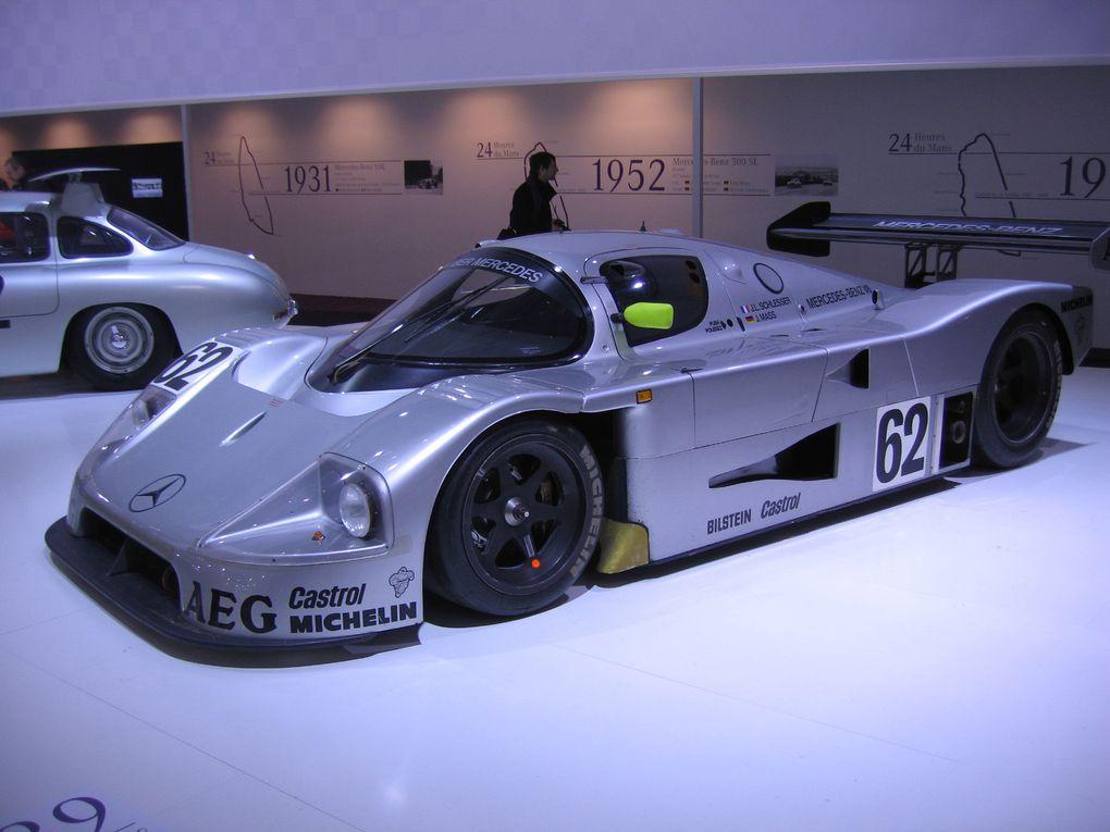 Photos Salon RETRO-MOBILE-2012Exposition de voitures anciennes et de collection