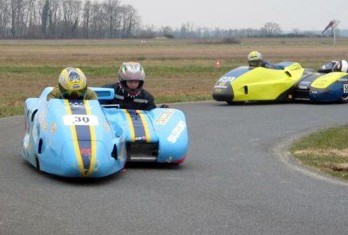 Side-Car-Party mars 2010Démonstrations side car de course Circuit de Lurcy-Levis (Allier)