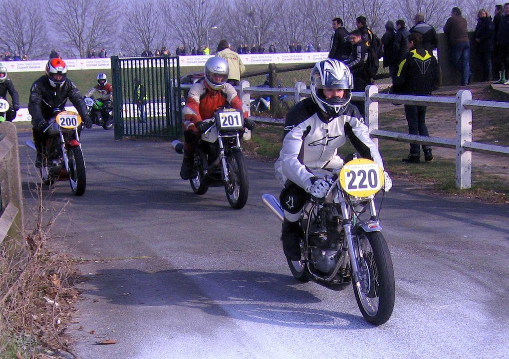 TROPHEE-COLUCHE-2011-5/6 mars 2011 à CAROLEDémonstrations motos et sides de course anciens au profit des restos du cœur