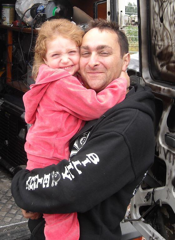TROPHEES-G-JUMEAUX-2009(2)Photo de Gérard à Méru prise par mes soins, dans le panier Drobeck