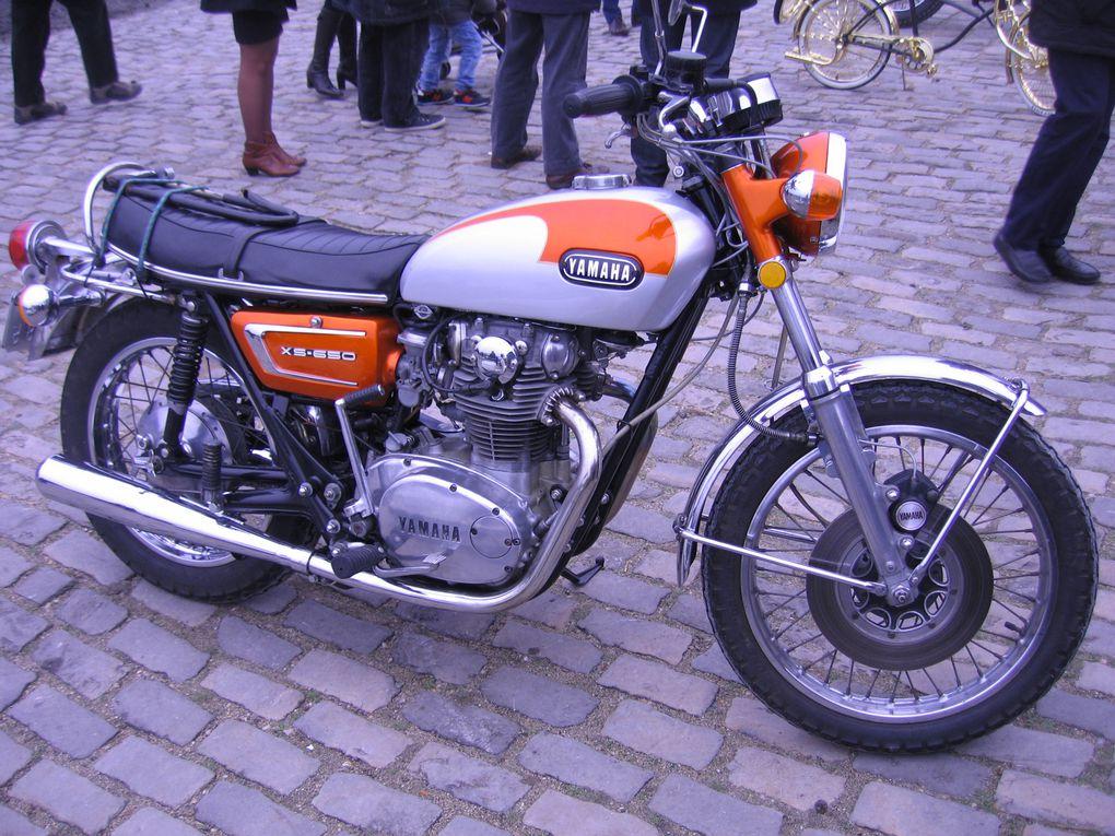 14ème Traversée de Paris en anciennesVoitures, motos anciennes et de collectionVincennes en anciennes