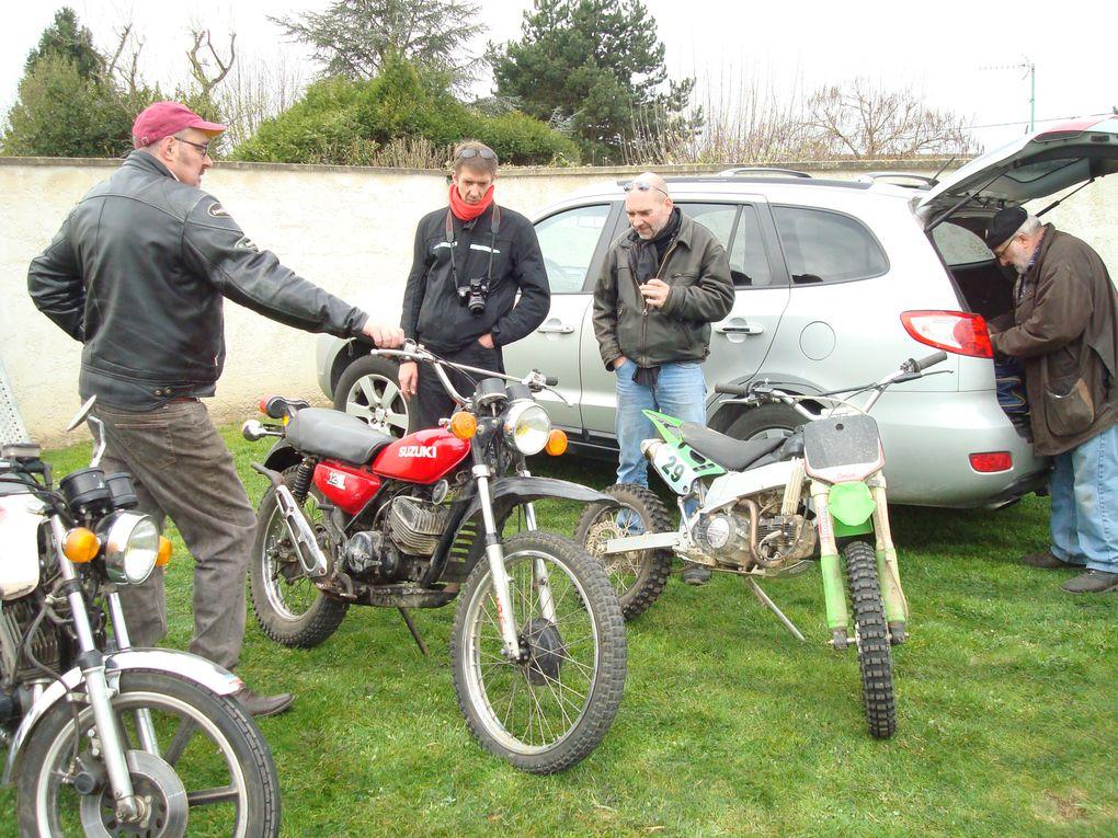 Balade vers Crouy et retour par St Martin du Tertre avec les amis des Pétochons du Lion le 8 avril 2012