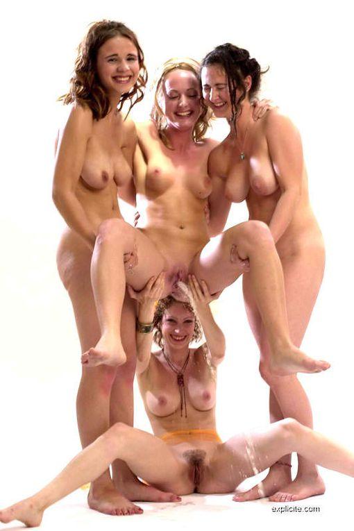 chicas desnudas y en accion