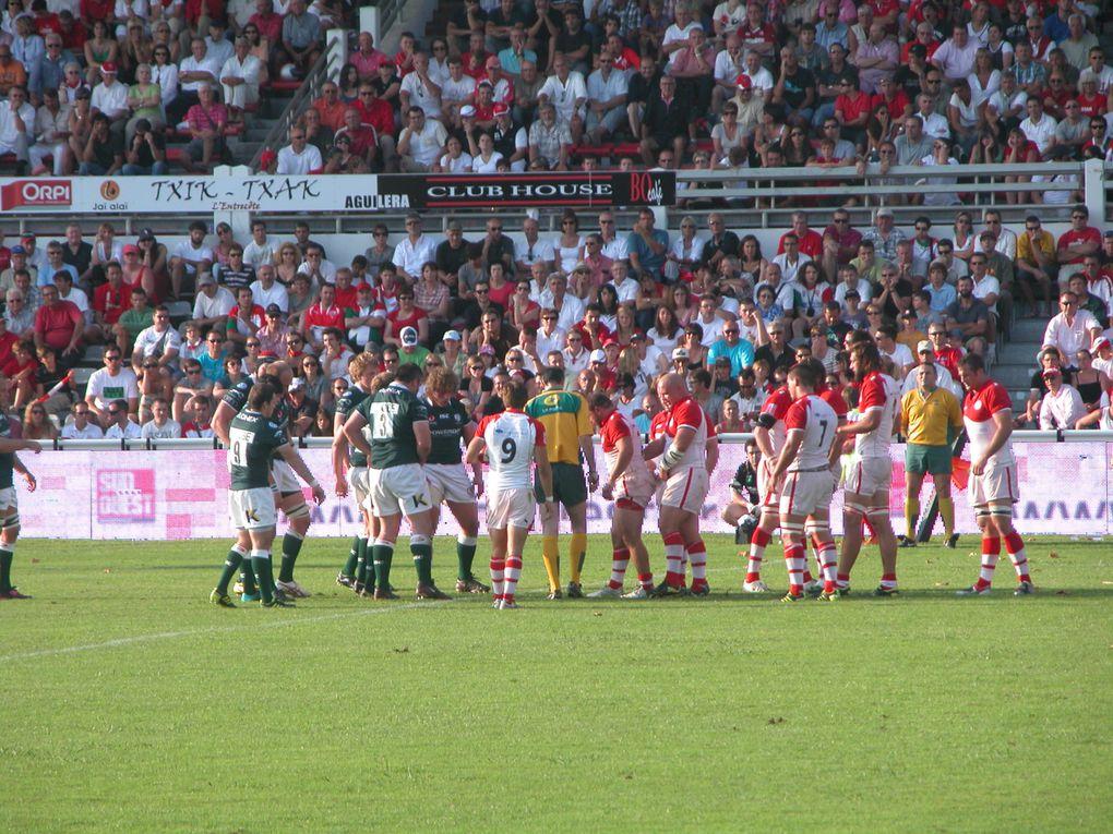 Match amical avant d'aborder la saison 2011-2012. Victoire du Biarritz Olympique 25 à 19 face aux Anglais.Photos : Clémence Lande-Verdier.